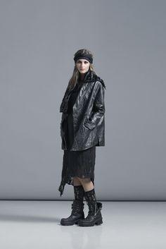 //LISELOTTE HORNSTRUP//  Danish sustainable fashion  Black detail, leather jacket