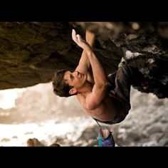 what-a-climber: Paul Robinson makes the FA of a move boulder problem in Hawaii Photo via Asana Climbing Paul Robinson, Rappelling, Man Up, Get Outside, Climbers, Rock Climbing, Asana, Bouldering, Just Go