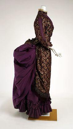 1882-83 ... Dress ... silk ... American ... at The Metropolitan Museum of Art ... photo 2