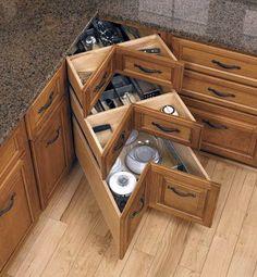 Kitchen corner drawers diy 70 ideas for 2019 Diy Kitchen Storage, Home Decor Kitchen, Kitchen Furniture, New Kitchen, Kitchen Ideas, Kitchen Organization, Cabinet Storage, Kitchen Themes, Cabinet Ideas