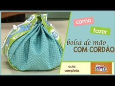Costura criativa: Bolsa de mão com cordão - TEKA - YouTube Bag Quilt, Diy Couture, Pouch, Wallet, Candy Bags, Quilted Bag, Drawstring Backpack, Sewing, Creative
