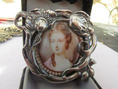 "Vintage 2"" Sterling Silver Felt Oval Picture Frame - .925 Sterling Silver, Glass & Felt - New Old Stock - Family Portrait Keepsake Memories"
