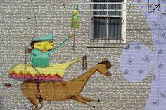 http://chrisglass.com/photos/2004/images/0425-graffiti.jpg