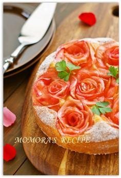 リンゴ1個とホットケーキミックスで簡単お菓子♪華やか薔薇りんご ... Picnic Desserts, Just Desserts, Delicious Desserts, Sushi Recipes, Sweets Recipes, Gourmet Recipes, My Favorite Food, Favorite Recipes, Dessert Bars
