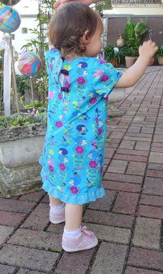 Lillesol Basic No. 31 Tunika Kleid von Lillesto&Pelle genäht von freuleinlinka.de Shoulder Dress, Dresses, Fashion, Tunic, Summer, Nice Asses, Vestidos, Moda, Fashion Styles