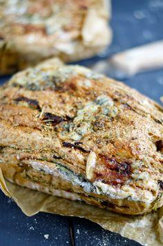 Luscious Loaf: pruimen-gorgonzola brood