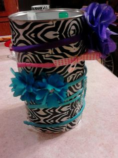 Nesquik can&duct tape to organize all ur little girls stuff!!
