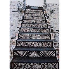 Staircase in the Robert Tatin Museum in Cossé-le-Vivien, France. Robert Tatin was a French artist and outsider-architect African Design, African Art, African Room, African House, African Culture, Stairway To Heaven, Tribal Art, Tribal Style, Street Art