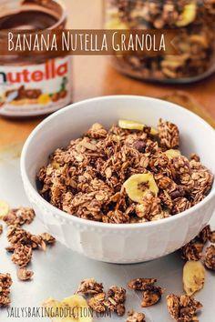 Banana Nutella Granola | sallysbakingaddiction.com