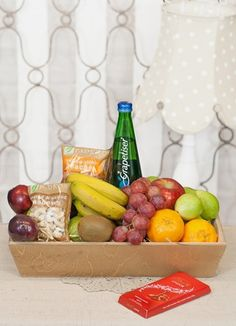 South Africa Snack & Gift Hampers for all occasions. Whether you are looking for luxury or budget, our flower shops have what you are looking for. Fruit Hampers, Gift Hampers, Fruit In Season, Gift Delivery, Snacks, Flowers, Gifts, North West, Fruit Gift Baskets