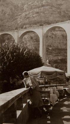Renée Perle, 1931      by Jacques Henri Lartigue The coloring of these photos! @DD Dallas