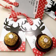 HAPPY NIKOLAUS  DIY: Kleine Aufmerksamkeit aus unseren Rubbelkarten zum Nikolaus basteln #kleinefabrikdesign #nikolaus #christmas #weihnachten #illustration #makesomeonesmile