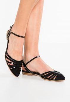 1293 mejores imágenes de Zapatos en 2019  7febad571475