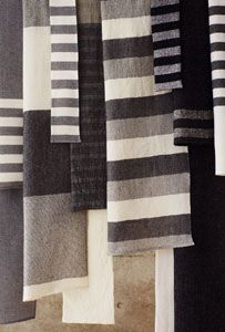 2011/01/06. Keiji Otani handwoven textiles. [This is the color pallet our flock provides. wsh]