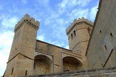 Castillo-Iglesia de Santa María, Ujué, Navarra by Rufino Lasaosa, via Flickr