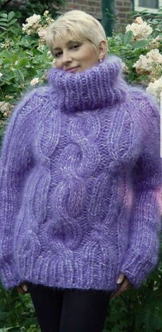 Chunky cable sweater from Lady Mohair Cable Sweater, Mohair Sweater, Wool Sweaters, Men Sweater, Chunky Sweaters, Gros Pull Mohair, Angora, Fur Fashion, Sweater Outfits