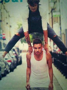 I'm stunned. How can he jump that high over someone taller than him? GOD I LOVE LOUIS!