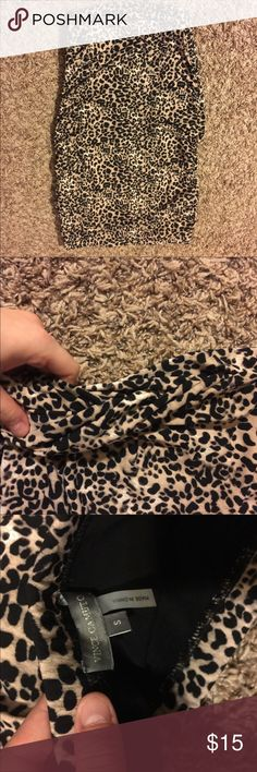 Brand new! Vince Camuto Leopard Skirt Beautiful skirt and super comfortable! I have never worn it, it just not my style anymore! Vince Camuto Skirts Pencil