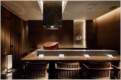 EAT Palace Hotel Tokyo - Tatsumi Tempura Bar at Wadakura Open Kitchen Restaurant, Oriental Restaurant, Cafe Restaurant, Best Restaurants In Tokyo, Tokyo Hotels, Japanese Bar, Japanese House, Teppanyaki Restaurants, Japanese Restaurant Design