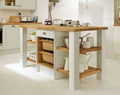 I like the kitchen and the island. Shaker Cabinet Doors, Shaker Cabinets, Howdens Kitchens, Home Kitchens, Dad's Kitchen, Kitchen Stuff, Kitchen Ideas, Kitchen Collection, Beautiful Kitchens