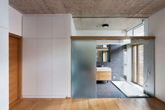 Residence in Debrecen by Sporaarchitects Design techos de hormigon