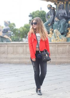 Sailor Red – Elodie in Paris - Cropped slim INDIE black by Cimarron jeans #elodieinparis #fashionblogger #outfitshare #blogger #denim #jeans #look #cimarronjeans #cimarronparis