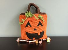 Kết quả hình ảnh cho Halloween boo bag Go trick or treating this Halloween with this awesome Boo Bag from Bernat.