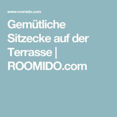 Gemütliche Sitzecke Auf Der Terrasse   ROOMIDO.com