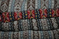 Fin dallinizio della mia passione per il lavoro a maglia sono sempre stata affascinata dai bei maglioni lavorati a più colori, con meravigliosi disegni,...