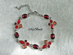 Tolles Armband mit roten Kristallsteinen von MyBeads auf DaWanda.com