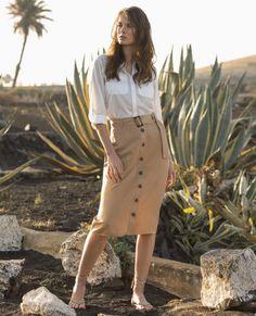 9cf1c2944ce418 10 meilleures images du tableau jupe beige en 2019   Mode, Tenue et ...
