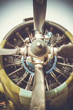 Plane Engine, Aircraft Engine, Airplane Wallpaper, Radial Engine, P 47 Thunderbolt, Motor Engine, Landing Gear, Civil Aviation, Automotive Art