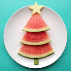 56 trendy fruit snacks for kids toddlers fun Christmas Recipes For Kids, Christmas Party Food, Xmas Food, Christmas Fruit Snacks, Christmas Tree, Christmas Crafts, Holiday Recipes, Kids Food Crafts, Food Art For Kids