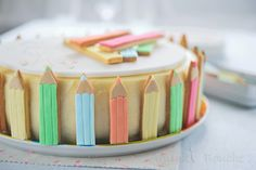 crayons cake Birthday Cookies, Birthday Cake, Birthday Parties, Crayon Cake, Back To School Party, Basic Cake, Cakes And More, Party Cakes, Beautiful Cakes