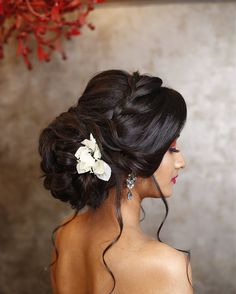 Indian Wedding Bun Hairstyle Pictures for to-be-brides – FABB, - All For Bride Hair Style Indian Bun Hairstyles, Lehenga Hairstyles, Wedding Hairstyles With Veil, Wedding Hairstyles For Long Hair, Bride Hairstyles, Latest Hairstyles, Long Hairstyles, Bridal Hairstyle Indian Wedding, Bridal Hair Buns