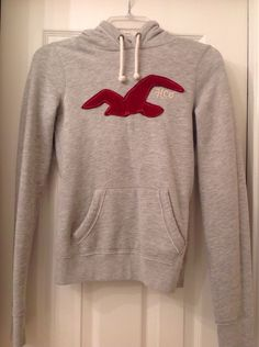 Hollister Surf HCO gray pull over hoodie sweatshirt Hollister youth size small #Holister #Everyday