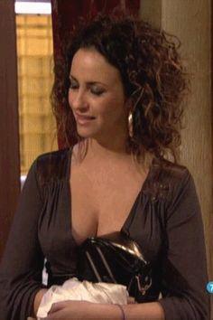 Melanie Olivares