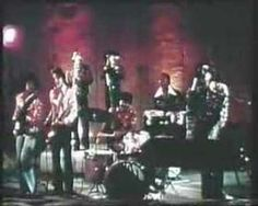 KC & The SUNSHINE BAND - QUEEN OF CLUBS 1974 - school disco!