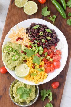 Easy weeknight dinner: vegetarian burrito bowls! Naturally gluten-free! #ad #CB #SimplyAvocado