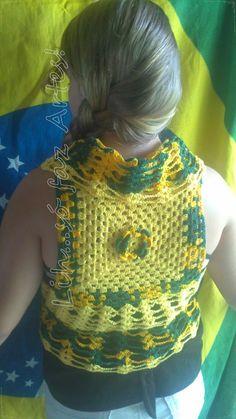 colete circular em croche COPA DO MUNDO  http://inovartartesanatosemeva.blogspot.com.br/2014/04/a-copa-do-mundo-e-nossa-colete-com-flor.html