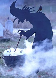 Craft-O-Maniac: I want this witch!  I am SO getting a plasma cutter and making this out of a sheet of steel someday!