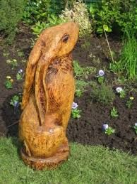 chainsaw carving hare -