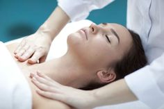 Drenagem linfática no rosto - Passo a passo - Tua Saúde
