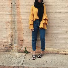How to style the yellow color with your hijab – Just Trendy Girls Islamic Fashion, Muslim Fashion, Modest Fashion, Fashion Outfits, Modest Wear, Modest Dresses, Modest Outfits, Street Hijab Fashion, Hijab Fashion Inspiration
