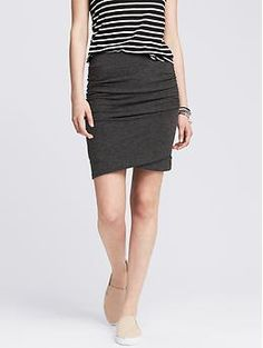 Like a skirt that is more fitted like a pencil skirt; but that my tummy doesn't show - Ruched Gray Jersey Skirt