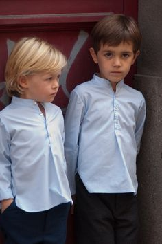 Ring bearer outfit / chemise garçon d'honneur Wedding Dresses For Kids, Wedding With Kids, Little Boy And Girl, Little Boys, Outfits Niños, Kids Outfits, Sebastian Hair, Kids Kurta, Fashionista Kids