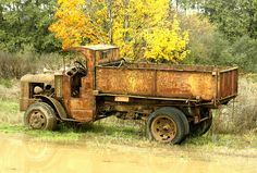 Mack Trucks, Dump Trucks, Lifted Ford Trucks, Old Trucks, Antique Trucks, Vintage Trucks, Antique Cars, Abandoned Cars, Abandoned Vehicles
