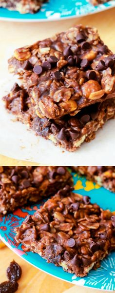 No-Bake Chewy Fudge Granola Bars - peanut butter, chocolate, so simple!! Recipe on sallysbakingaddiction.com