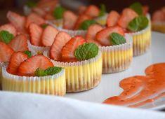 Domácí housky - Avec Plaisir Homemade Cheesecake, Cheesecake Cake, Mini Cheesecakes, Mini Cupcakes, Food Photo, Strawberry, Lemon, Baking, Instagram