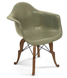 Modernica - Prince Charles Arm Shell chair